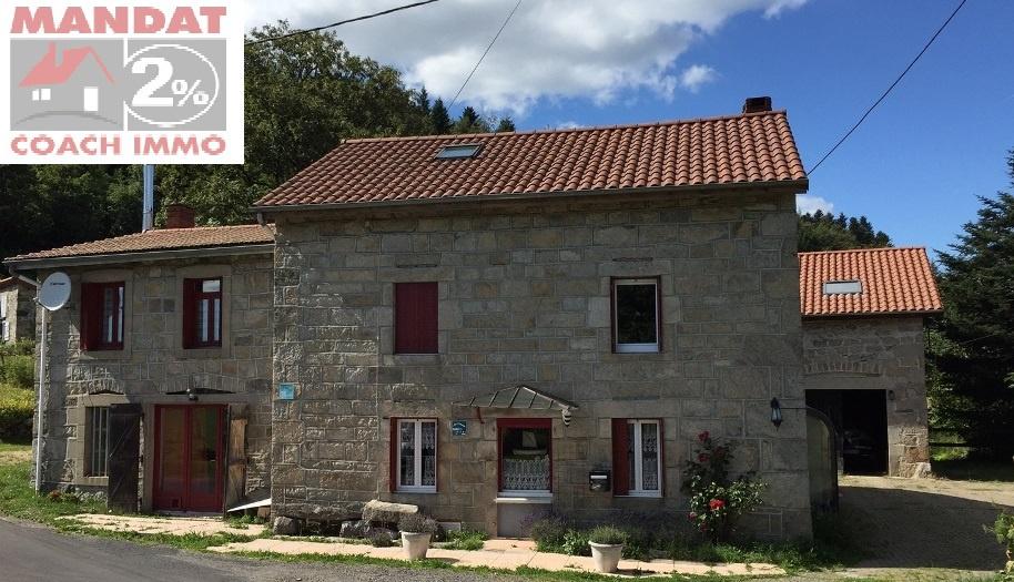 façade  gîte et maison côté chemin
